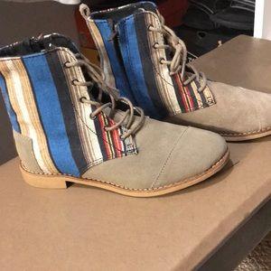 Toms combat boots